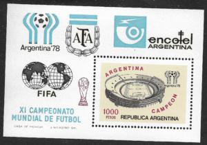 Hoja Block XI Campeonato Mundial de Futbol 1978 - Argentina Campeón - Valor Facial 1000 Pesos